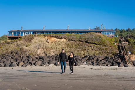 Moolack Shores Inn - Beach Access